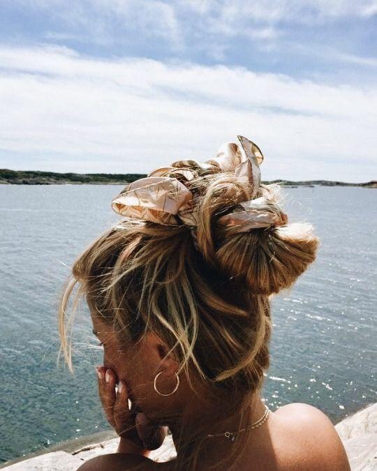 Épinglé par Les Eclaireuses sur Beauté Coiffure de plage
