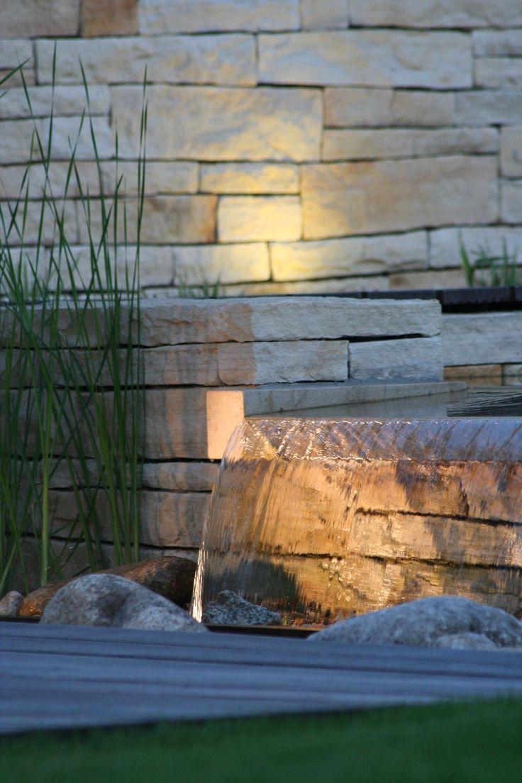 nasvícení přepadu vody / lighting of falling water