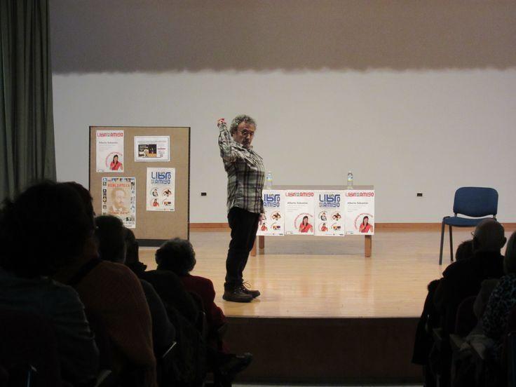 Alberto Sebastián en Fuente del Maestre narrando para Adultos