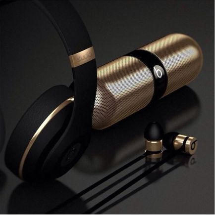 Black and Gold beats <3