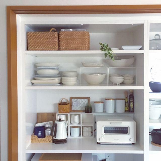 ベアブリック/雑貨…などのインテリア実例 - 2016-09-04 07:29:52 ... 白×カゴでずっと居たくなるキッチンに♪
