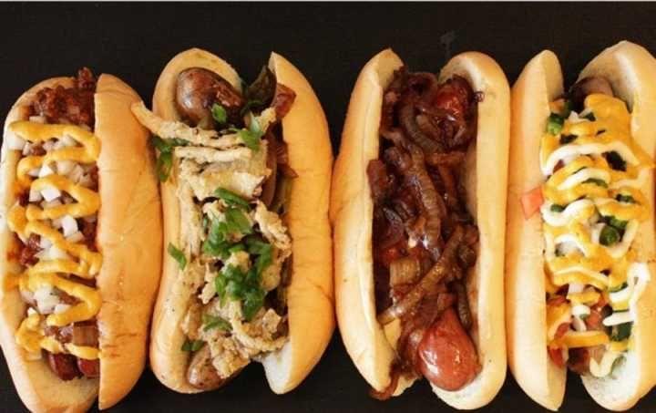 Festival recheia Boa Viagem de hot dogs veganos por R$ 10