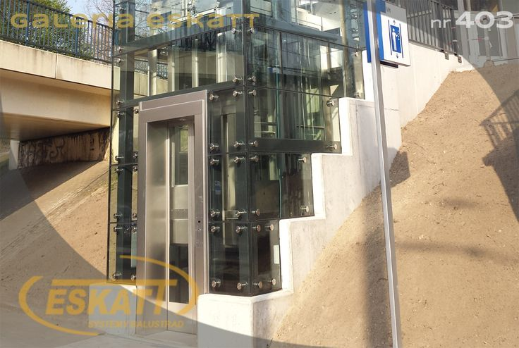 Safety glass elevator #balustrade #eskatt #construction #elevator #escalator