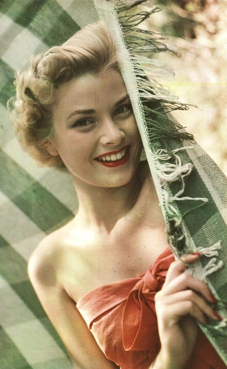 Grace Kelly. Classic Hollywood Stars. Vintage Style.