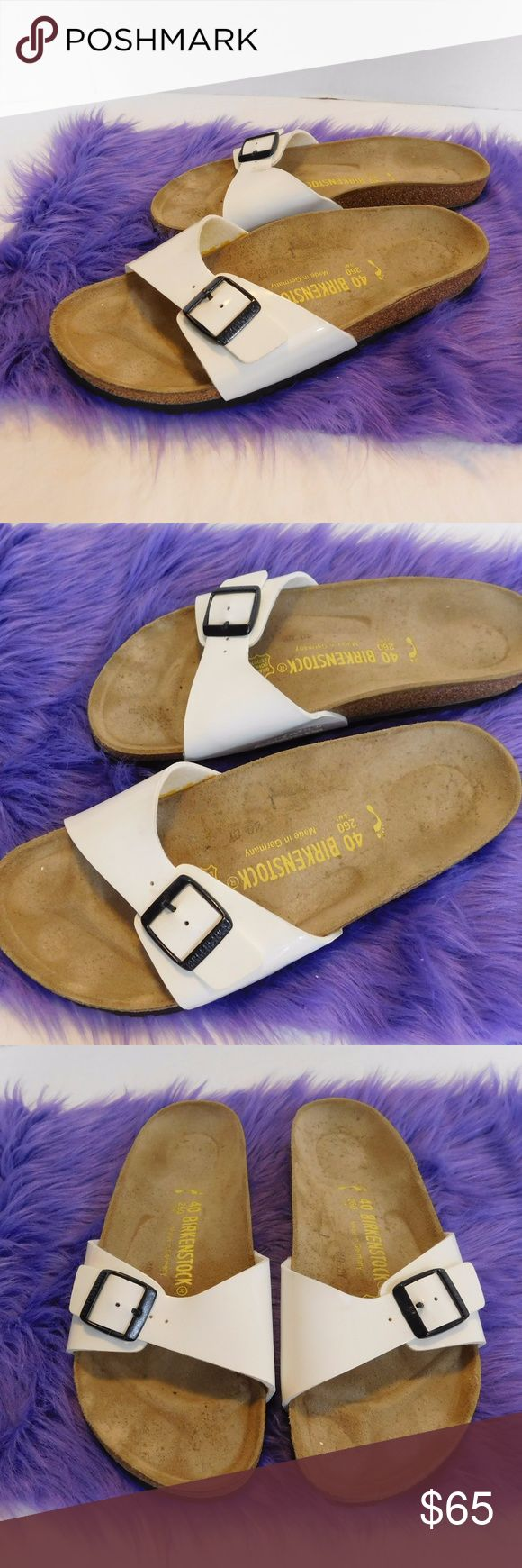 WHITE BIRKENSTOCK SLIPPERS SLIDES SIZE 40 BIRKENSTOCK WHITE SLIDE IN SIZE 40 CONDITION- VERY NICE AND CLEAN. Birkenstock Shoes Slippers