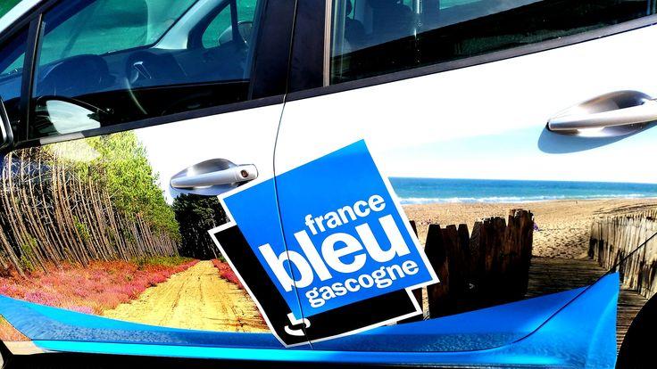 Impression numérique et pose de covering pour FRANCE BLEU GASCOGNE de Mont de Marsan et Dax.