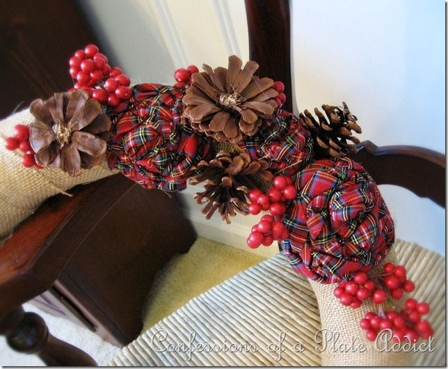 CONFESSIONS OF A PLATE ADDICT: My Christmas Wreath...Burlap and ...