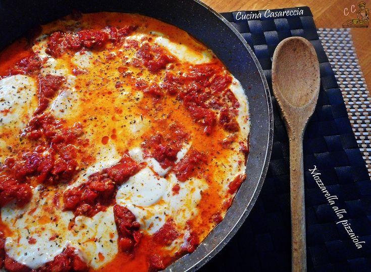 Mozzarella alla pizzaiola una ricetta secondi semplice economica e velocissima da preparare ideale per quando siamo di fretta o con poche idee
