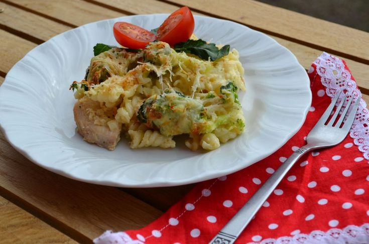 Brokkolis rakott tészta - Keva Blog