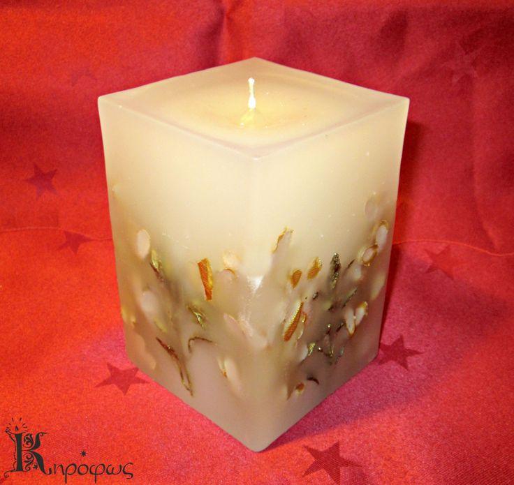 Ψηλό τετράγωνο κερί με χρυσά φύλλα και άρωμα αχλάδι