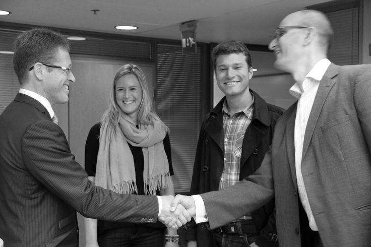 Toimitusjohtajamme(kuvassa vasemmalla) juhlii 50-vuotis synttäreitään 20.9.2013. Paljon onnea, Harri! Tiesittekö muuten, että Harri on aloittanut uransa EY:llä jo opiskeluaikoinaan, jolloin hän tuli traineeksitaloon? #Toimitusjohtaja #EYFinland #Suomi