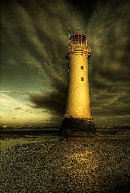 Faro de Roca de Percha, también conocido como Nuevo Faro de Brighton, cerca de Liverpool, Inglaterra
