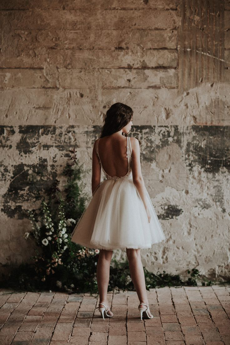 The Dorothy bodysuit and the Claudia tulle skirt / Nora Sarman Bridal / photo Pinewood Weddings