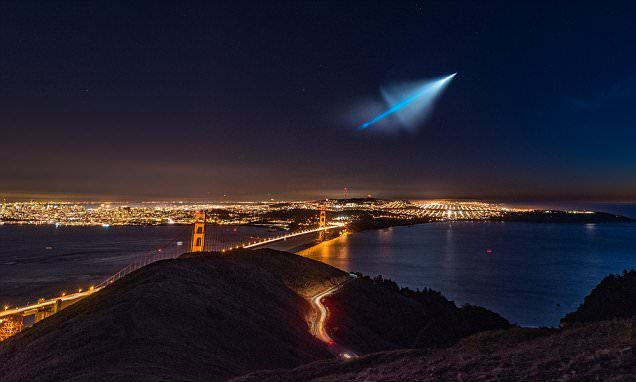 Awe-inspiring photos of Trident missile streaking over San Francisco