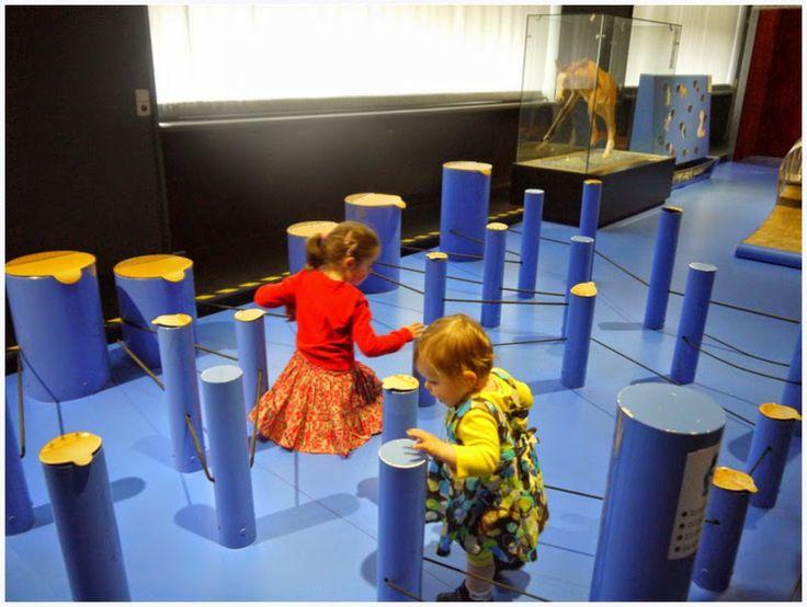 """Doe-tentoonstelling """"Babydieren"""" in Brussel door Villa Speelmama"""