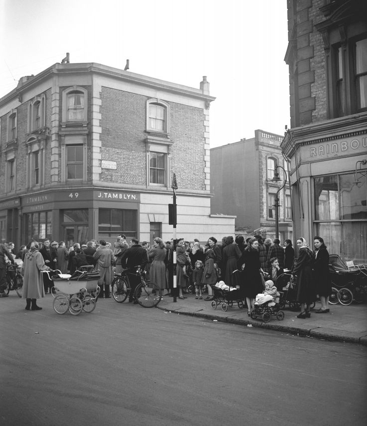"""A crowd gathers at the entrance to 10 Rillington Place in Notting Hill, London, where a fourth body has been discovered today. Three other bodies were yesterday found in a niche, which had been concealed by wallpaper. 17/11/2004 Timothy Evans, who was wrongly hanged for one of the notorious Rillington Place murders, can at last """"rest in peace"""" after two High Court judges on Wednesday November 17, 2004, made an unprecedented declaration of his innocence. In an extraordinary twist in one of…"""