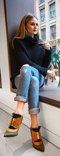 Sweater – Project Social T Shoes – Jimmy Choo !function(doc,s,id){ var e, p, cb; if(!doc.getElementById(id)) { e = doc.createElement(s); e.id = id; cb = new Date().getTime().toString();…