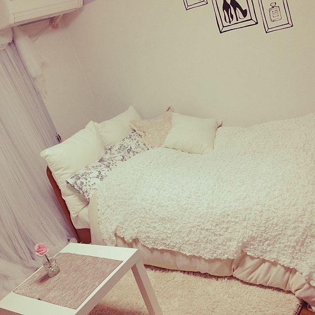 女性で、1DKのIKEA/カーテン/ニトリ/クッション/ベッド周りについてのインテリア実例を紹介。(この写真は 2014-03-26 20:13:54 に共有されました)