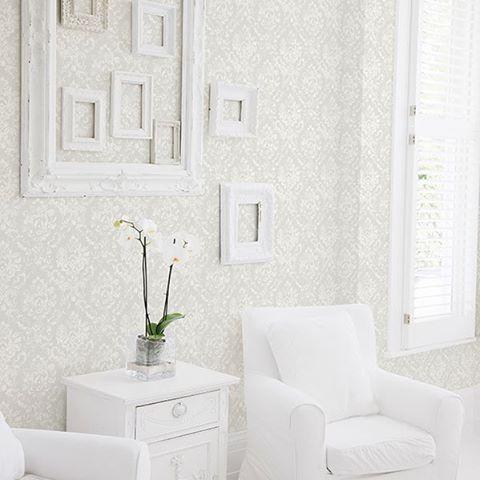 White//Grey inspiration. #wallpaper