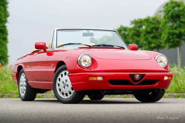 Pin By Justin Peter On Alfa Romeo Spider In 2020 Alfa Romeo Alfa Romeo Spider Cool Cars
