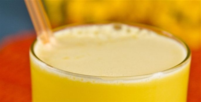 Smoothie de melão, água de coco e maracujá - Receitas