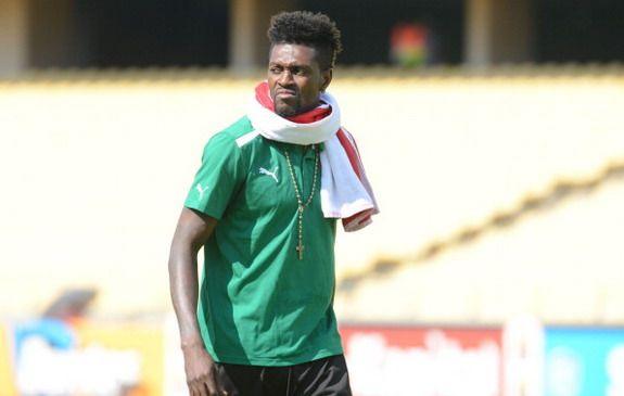 Emmanuel Adebayor accuses mother of using Juju against him