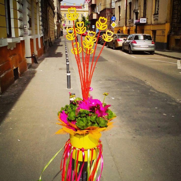 Flowershop street display