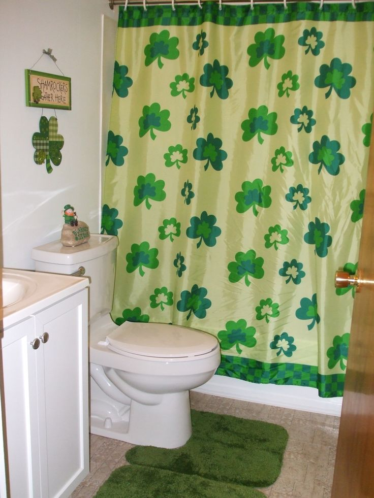 St. Patrick's Day Bathroom
