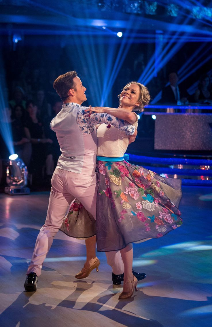 SCD Week 7, 2015. Kellie Bright and Kevin Clifton. Waltz.