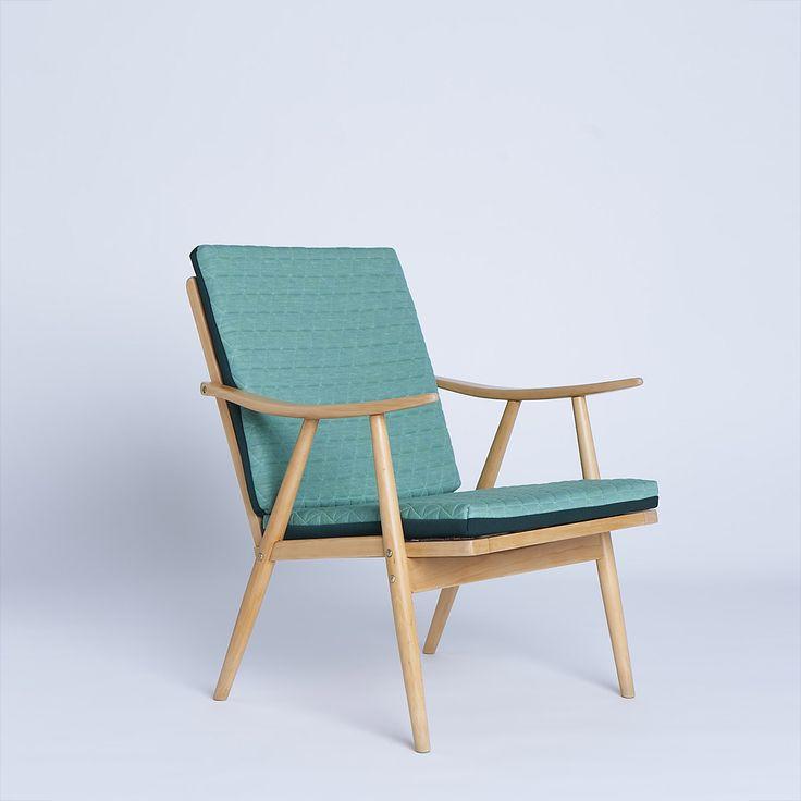 Oryginalny fotel czechosłowackiej produkcji TON z przełomu lat 60 – 70. Fotel ze…