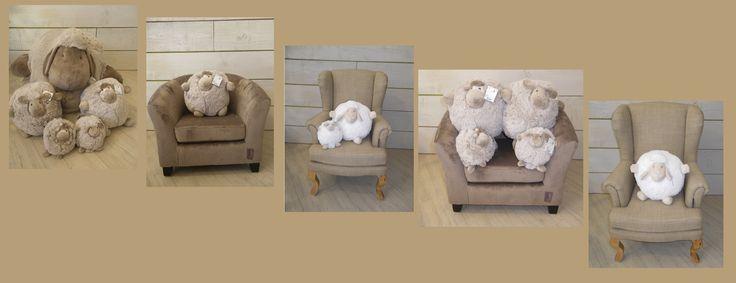 Peluches rondes QUAX drôles, mignonnes, et douces au contact. Une créativité de la marque QUAX qui fait aussi le bonheur des enfants avec ses fauteuils irrésistibles. L'enfant se sent comme un grand!  http://www.babyroomservice.fr/neuf--2/textile--8/doudous-peluches--19.aspx
