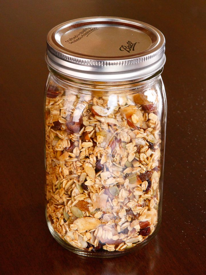 Rolled oats and flavorful nuts toasted with a touch of maple syrup, tossed with dried fruit. Healthy breakfast or snack.