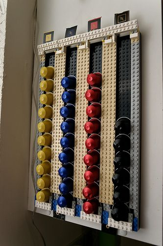 lego porte capsule do i need this for my nepresso nespresso pinterest lego nespresso. Black Bedroom Furniture Sets. Home Design Ideas