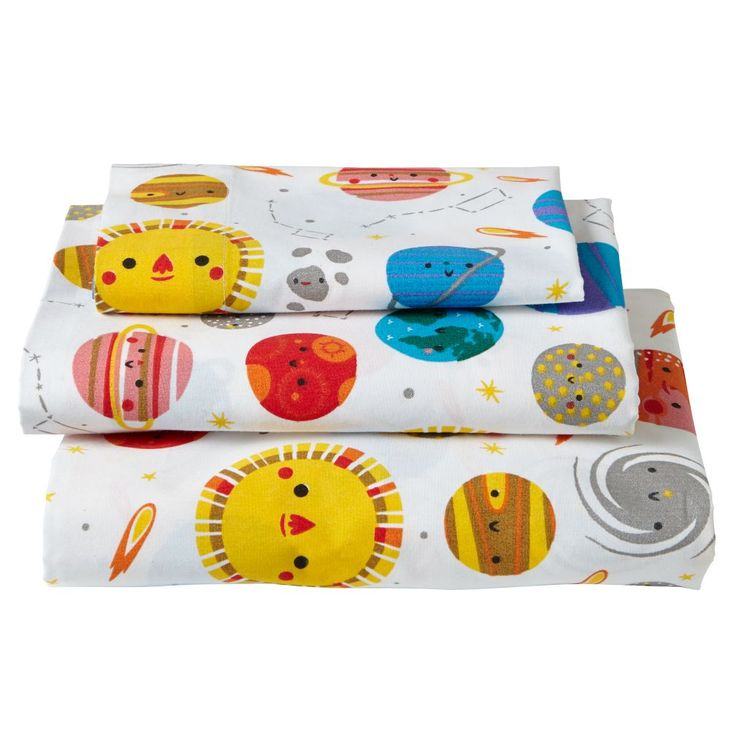 As your little one moves from crib to toddler bed, be sure to get them special toddler sheets for this exciting transition. Shop toddler bedding online.