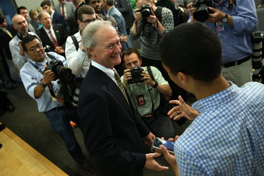 cool Lincoln Chafee publicizes presidential run focuses on Iraq Warfare, metric gadget