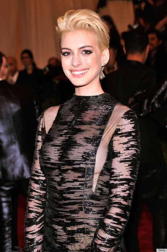 Anne Hathaways Met Gala 2013 Red Carpet Look Features Blonde Hair, Sheer Fabric & Sideboob (PHOTOS)