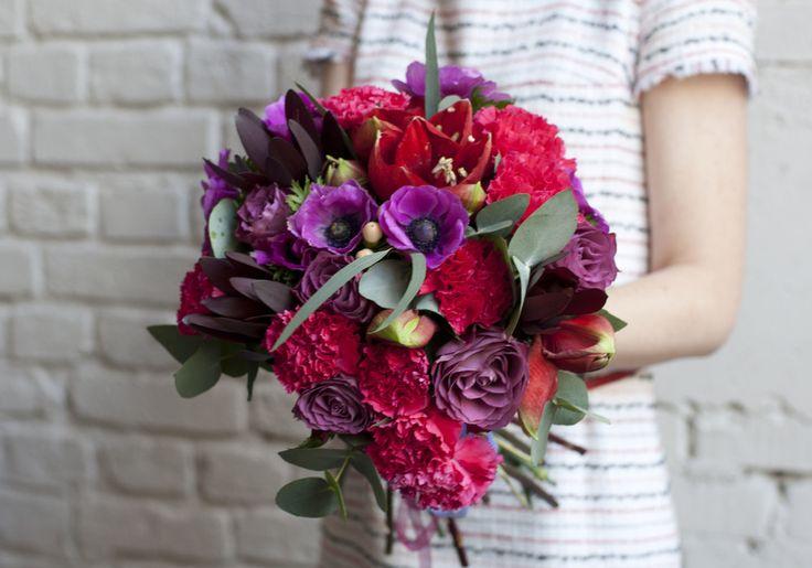 Букет в малиново-фиолетовых тонах / Crimson and purple bouquet