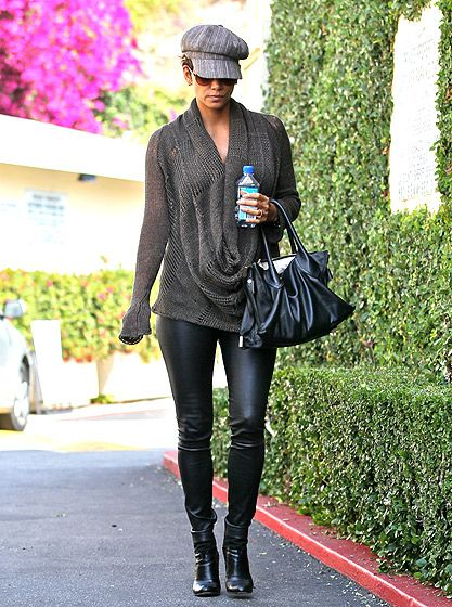 Halle Berry rocks leather pants while pregnant!