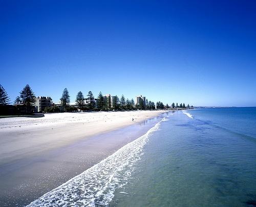 Holiday Accommodation #Adelaide, #Glenelg #holiday #travel  www.OzeHols.com.au