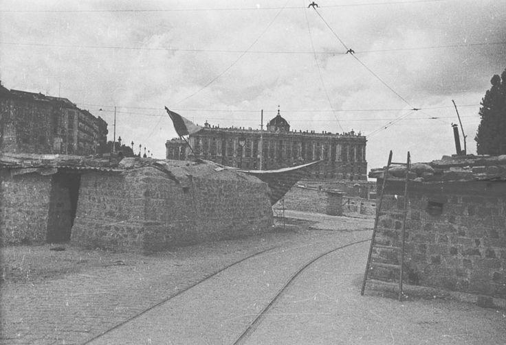 Madrid. Bunkers alrededor del Palacio Real (Archivo Histórico PCE)