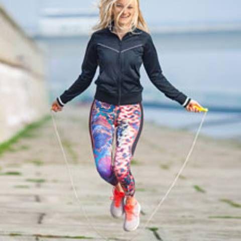 Fitnessstudio ade: Warum euch Seilspringen zum Sixpack führt