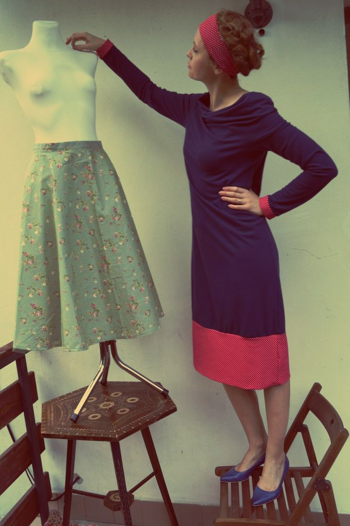 Navy and red with white dots - is there anything more vintage? https://www.facebook.com/puffkaandsue