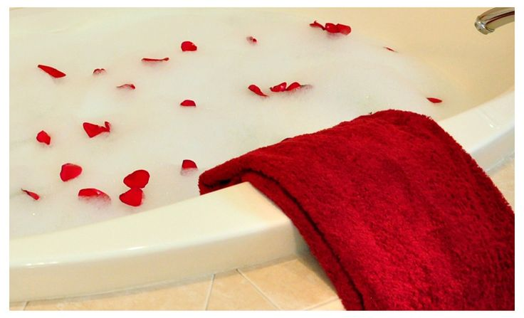 133 best images about romance and candles on pinterest for Bathroom romance photos