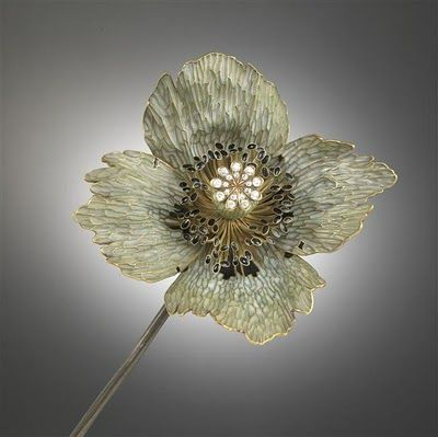 Lalique poppy. Exquisite.