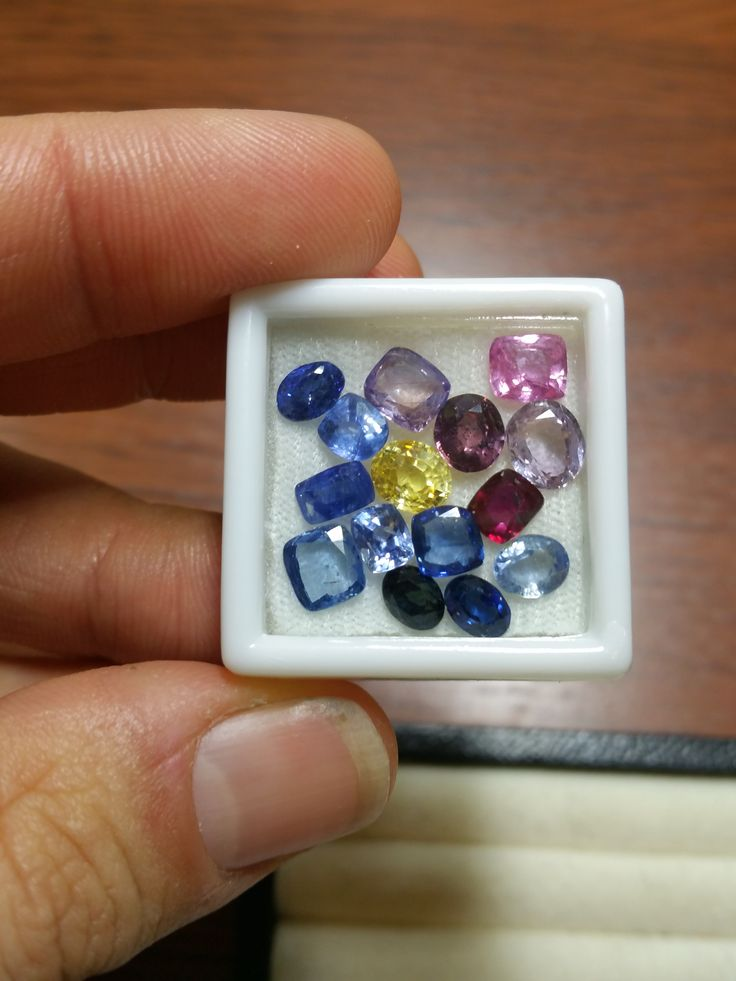 Polished gemstones, sapphires from Lawson Gems