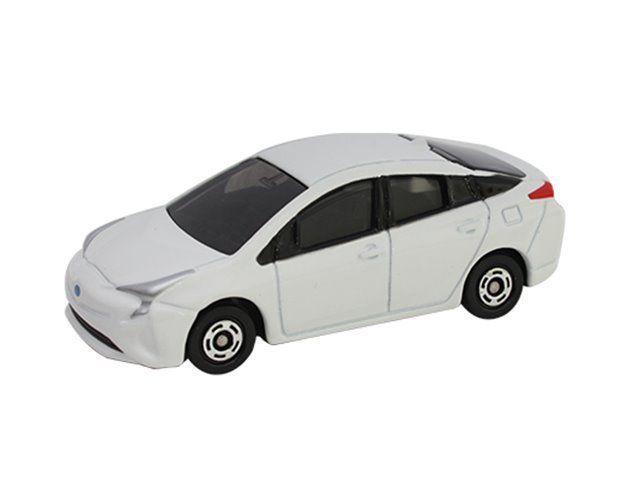Takara Tomy Tomica 50 Toyota Prius Scale 1 65 Diecast Car Vehicle