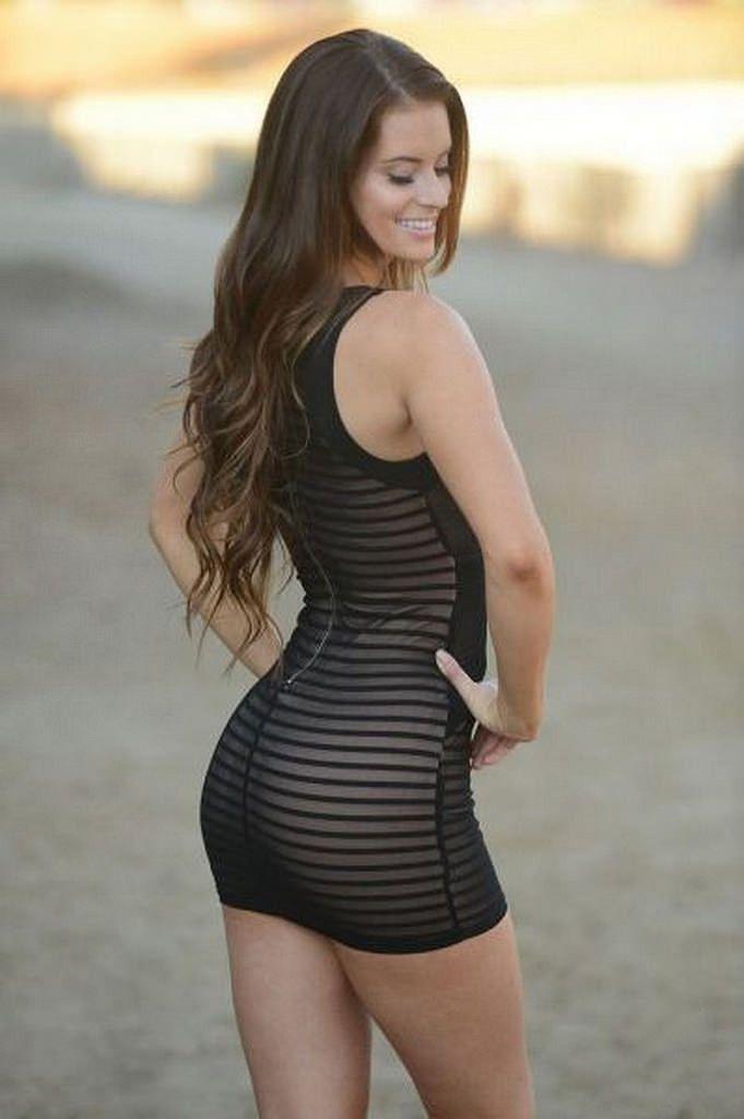 Beautiful Girls In Short Dresses