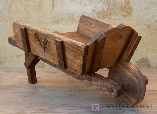 carretilla de madera tallada,, jardin (Antigüedades - Técnicas - Rústicas)