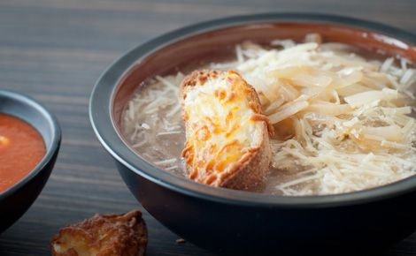 Lunch/Dinner: Epicure's Skinny French Onion Soup (150 calories/serving) serve with snall chicken and veggie wrap