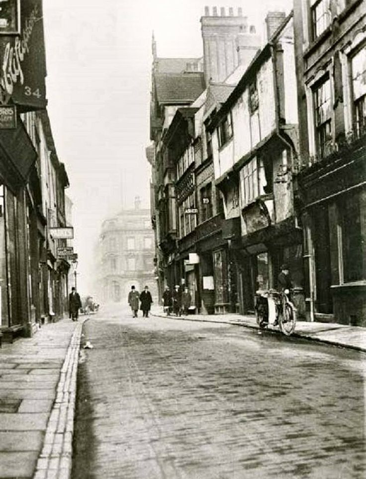 Bridlesmith Gate, Nottingham, c1930s.